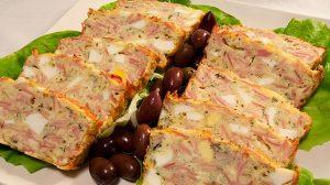 Chec cu carne- Il poti folosi si in loc de aperitiv