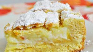 Prăjitură cu mere și cremă fiartă – un desert extraordinar, ce nu se compară cu nici o altă prăjitură de mere!