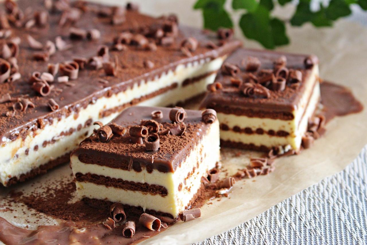 Prăjitură fără coacere, cu lapte praf și biscuiți