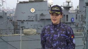 Românca de 26 de ani, care conduce o nava de 30.000 de cai putere. Uite povestea ei