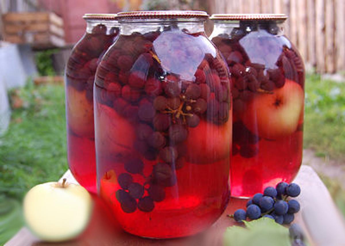 Compot de mere și struguri pentru iarnă – o rețetă simplă pentru orice gospodină!