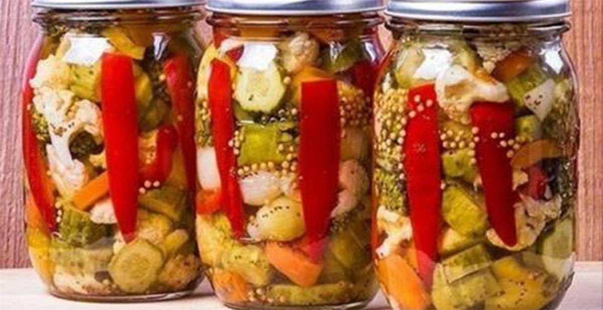 Amestec de legume pentru iarnă fără sterilizare – o conservă ce se prepară foarte simplu!